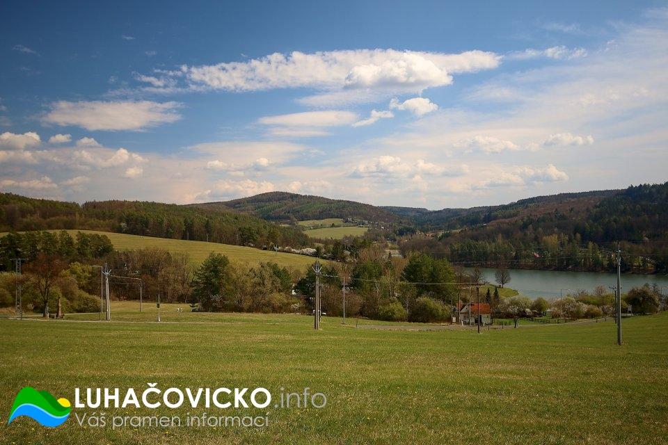 Luhačovická přehrada v dubnu 2020 (1)