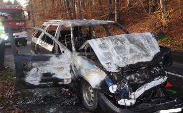 Dopravní nehoda dodávky zn. IVECO a osobního vozidla Škoda Felicia u obce Petrůvka